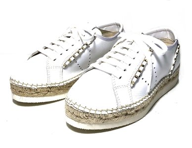 Vidorreta White Nappa Leather Flat Espadrilles with studs